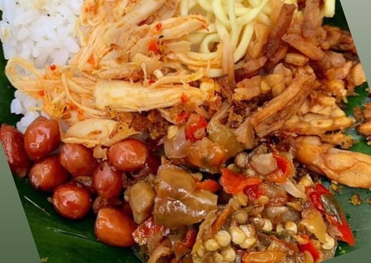 Nasi Jinggo Campur Kacang