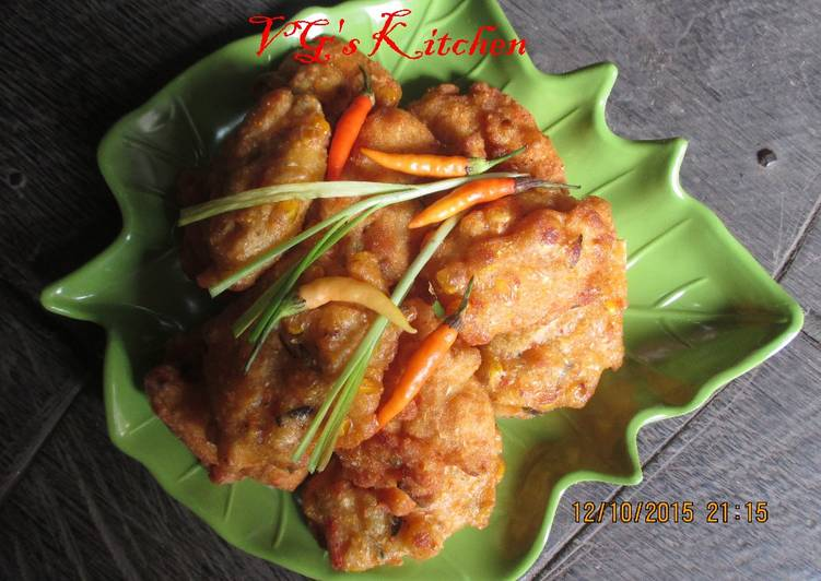 How to Prepare Perfect Indonesian Corn Fritters (DADAR JAGUNG)
