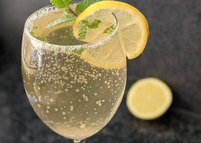 Minty lemon Mojito
