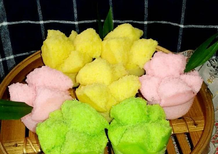Resep Apem mekar a.k.a kue mangkok oleh Nana Hanif - Cookpad