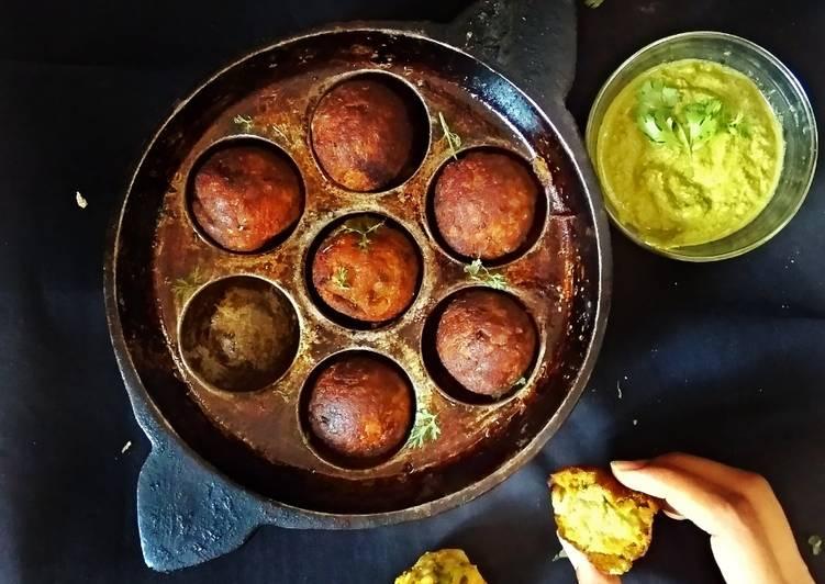How to Prepare Homemade Healthy twist Tapioca vada with mint chutney bombs
