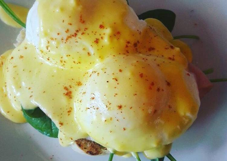 Recipe of Homemade Eggs Benedict