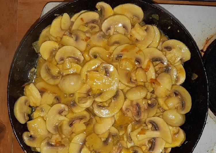 Vegan Yummy Mushroom Sauce