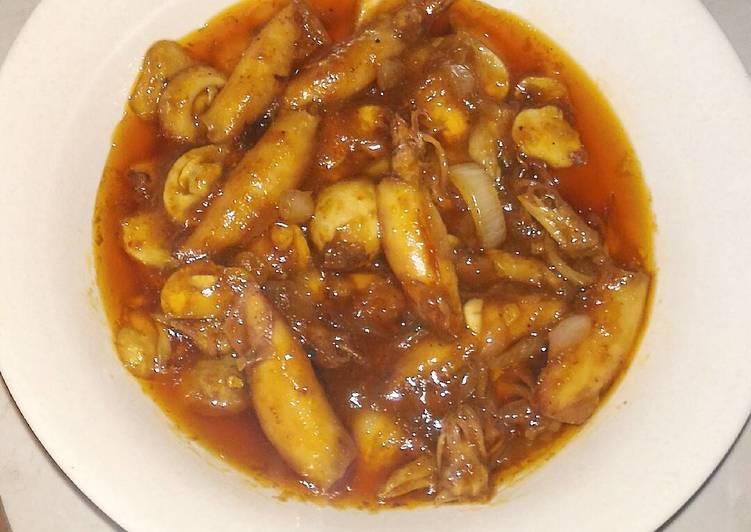 Cumi Jamur asam pedas (pake sambel sederhana)