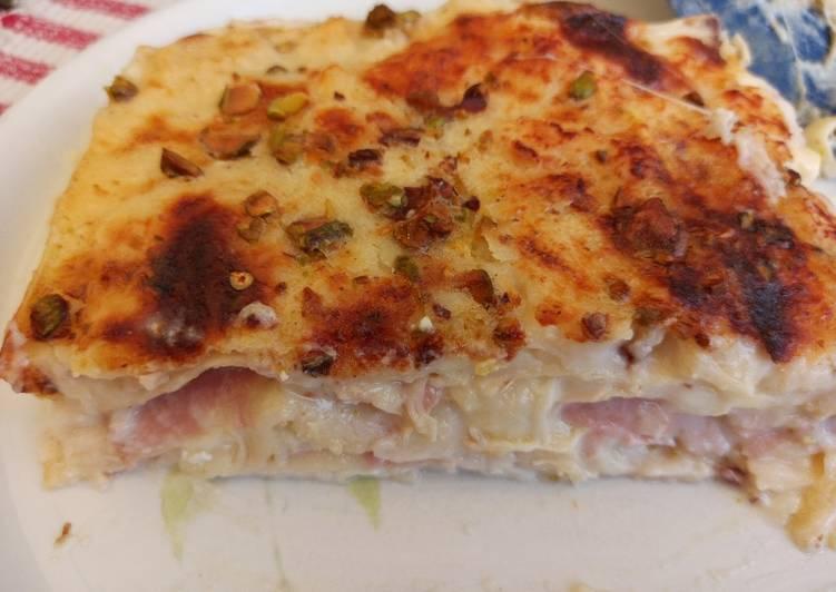 Lasagne quattro formaggi alla mortadella e pistacchi di Bronte