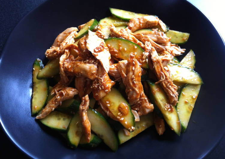 Steps to Prepare Perfect Chicken & Cucumber Spicy 'Goma-ae'