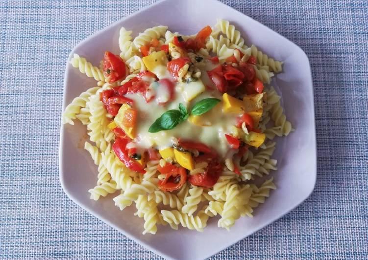 Spirelli mit Gemüse und Blitz-Hollandaise