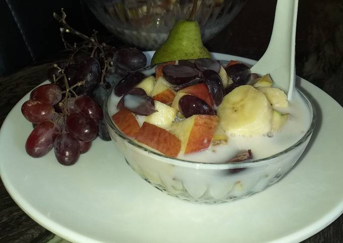 Step-by-Step Guide to Prepare Favorite Yogurt fruits salad