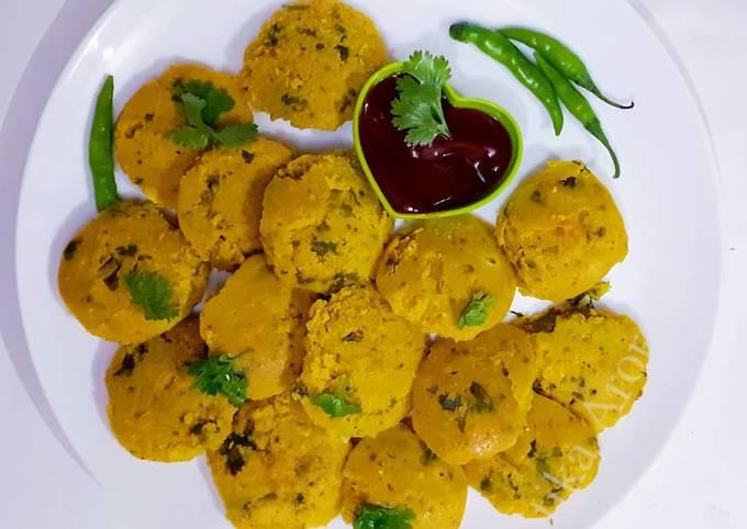 Bafauri-Healthy Steamed lentil snack
