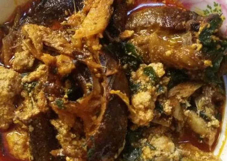 Recipe of Perfect Egusi soup with smoked fish