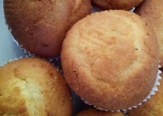 Lemon Queens Cakes