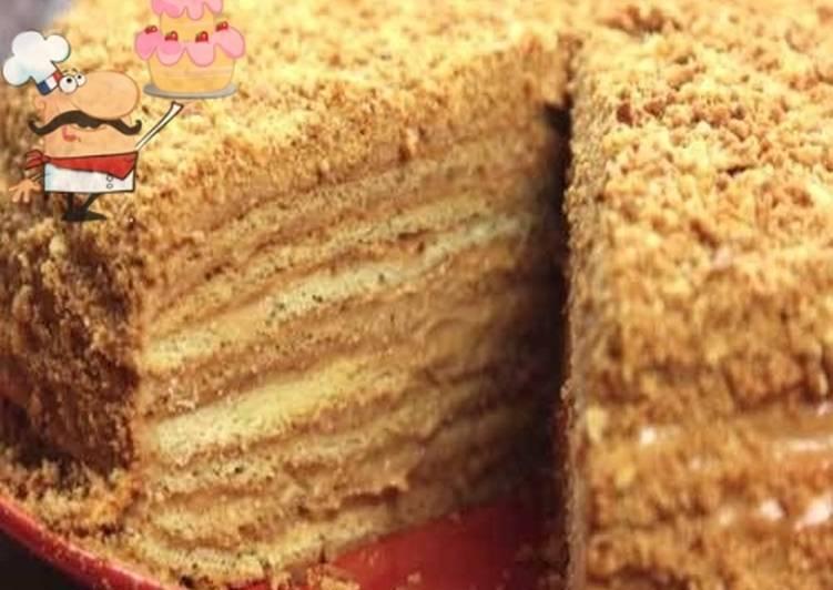 песочное пирожное с кремом из сгущенки