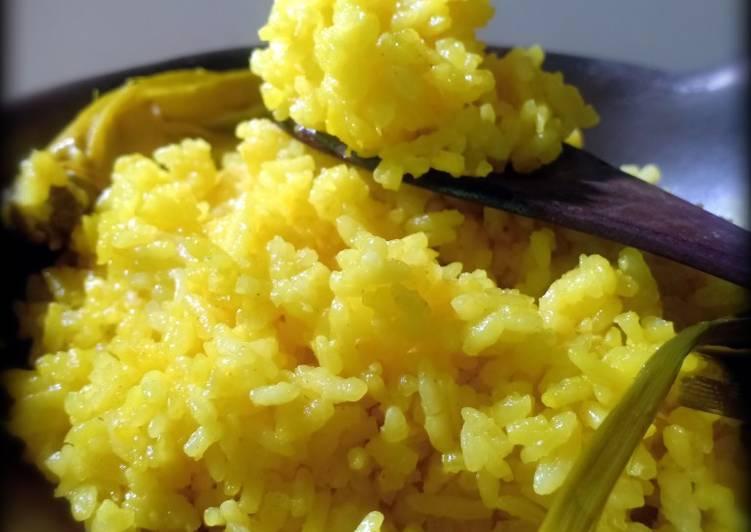 nasi-kuning-magic-com