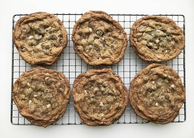 Chocolate Toffee Chip Cookie