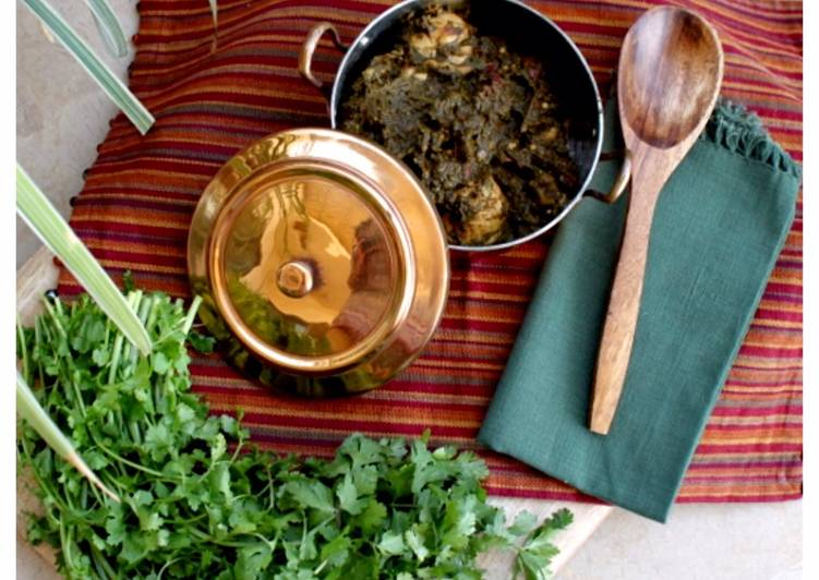 How to Prepare Any-night-of-the-week Pakistani style Spinach and chicken curry - Palak Chicken