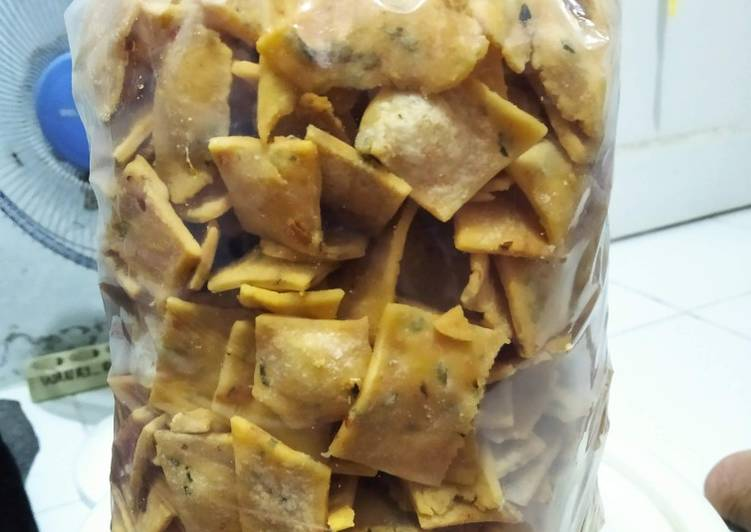 Resep Kue bawang pedas anti gagal