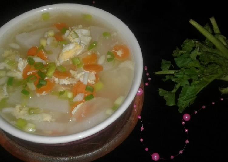 Sup telur + lobak+ wortel (ala Debm)