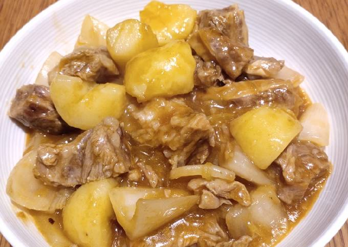 Easiest Way to Prepare Ultimate Stew Beef in Potatoes
