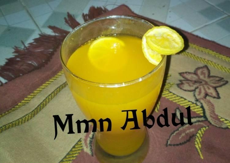 Steps to Make Super Quick Homemade Ginger and lemon juice