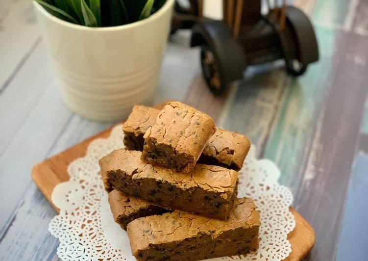 Black Sesame 🍠 Sweet Potatoes Mochi Cake – Serious Eat Cookbooks