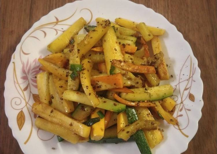 Recipe of Favorite Zucchini and carrot stir fry