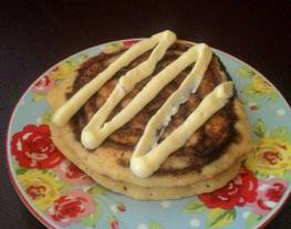 Cinnamon Roll Pancake (Pancake Kayu Manis w/ Cream cheese)