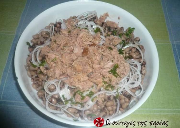 Salad with black-eyed peas and tuna