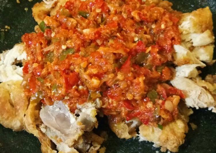 Ayam Geprek sambal tumis