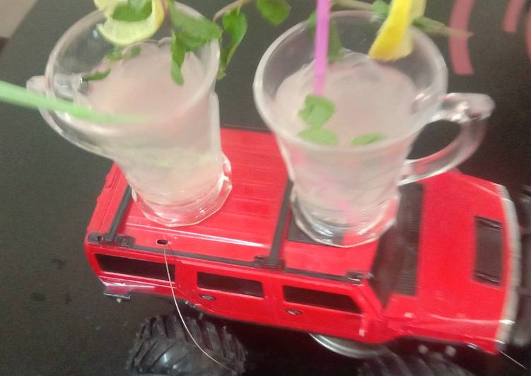 Lemon and saunf minty healthy drink