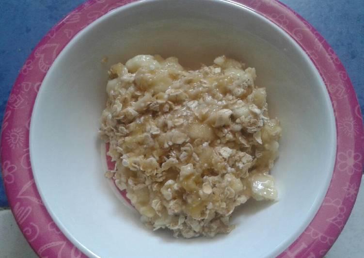 Desayuno de avena y plátano sano, rápido y fácil