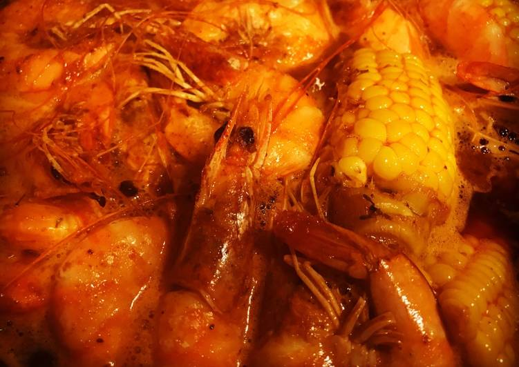 The Whole Shabang Shrimp (Boiling Crab Style)