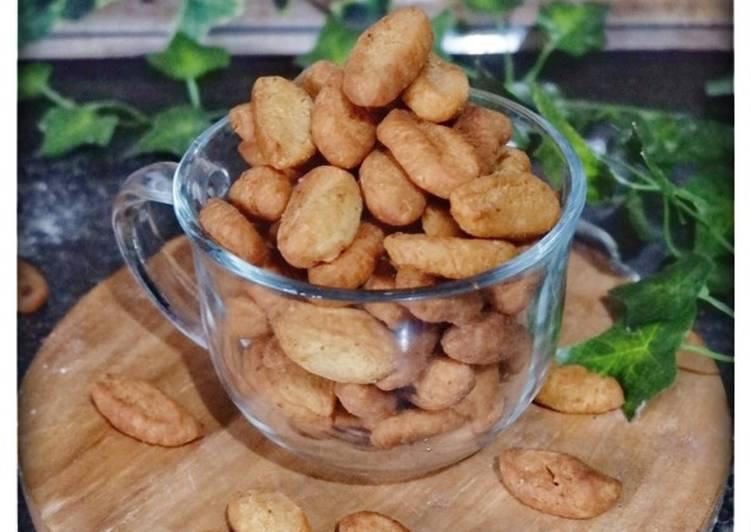 Biji Ketapang (eggless) - cookandrecipe.com