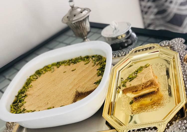 Steps to Make Award-winning Toasted Milk Basbousa With Cream