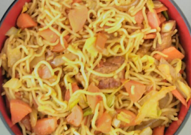 Spicy noodles with Japanese sweet cabbage