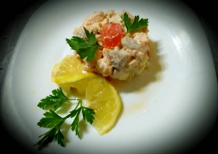 Simple Way to Prepare Any-night-of-the-week Salmon tartare with diet cheeses, lemon, olive oil
