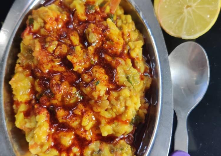 Restaurant styleTadka khichdi