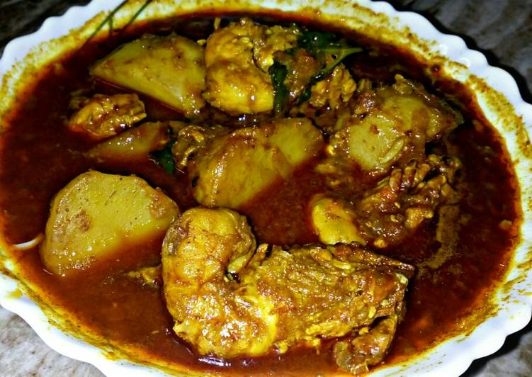 Tasty And Delicious of Bengali Style Prawn Curry