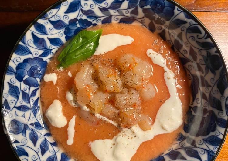 Ricetta Gazpacho con gamberi rossi e burrata