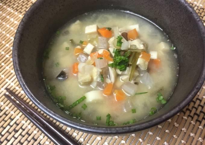 Japanese Vegetable Miso Soup (Keno-Shiru)