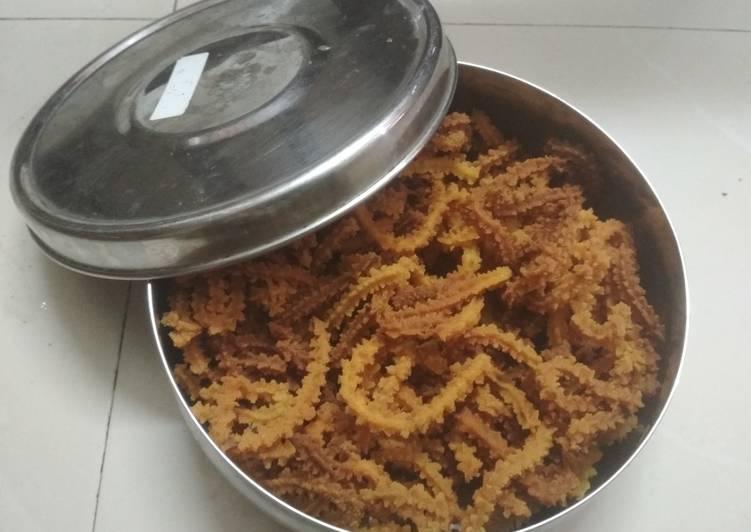 How to Prepare Speedy Non junk snacks,Muruku!!!