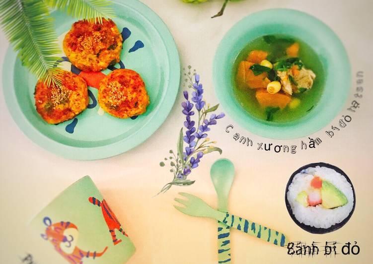 Bánh cá hồi bí đỏ hạt sen
