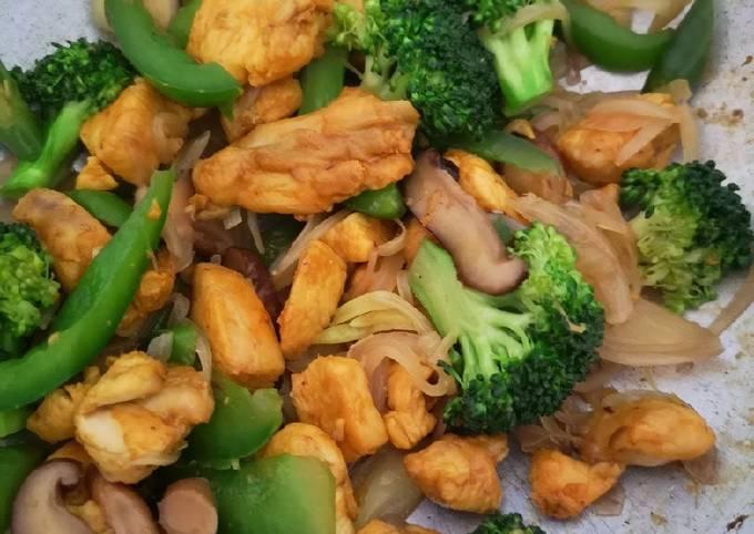 Ayam Goreng Kunyit & Sayuran