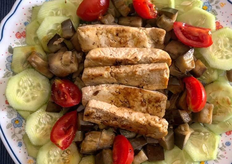 Ricetta Tofu in padella con melanzane e salsa di soia