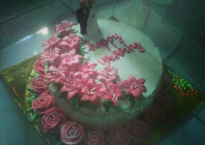 Wedding cake pinky by Bunda Kiara