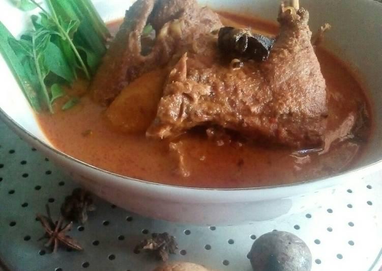 Sie itek masak merah (masakan Aceh)