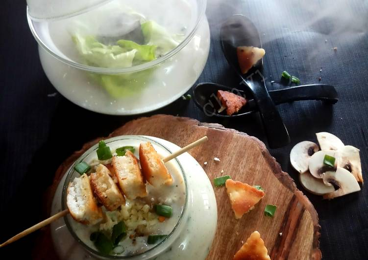 How to Make Speedy Smoky creamy mushroom soup with garlic croutons