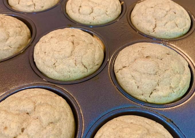 Healthy eggnog muffins