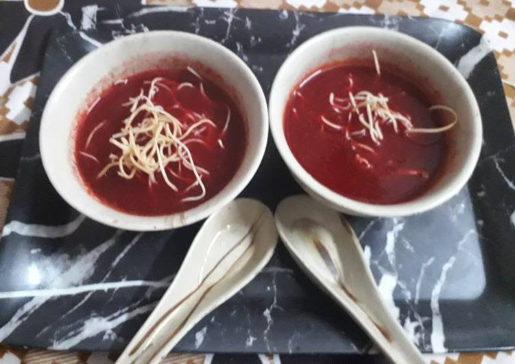 Beetroot-tomato soup