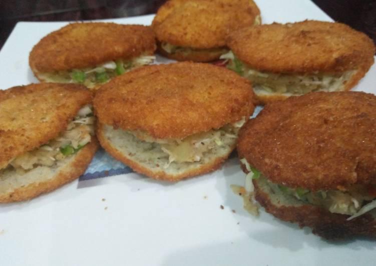 Spicy Merchant Bread Pockets
