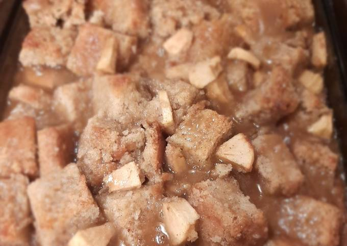 Recipe: Delicious Caramel Applie Pie Bread Pudding